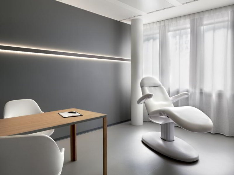 A consultation room in Lausanne.